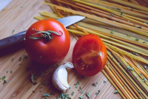 tomatoes-1194517_1280